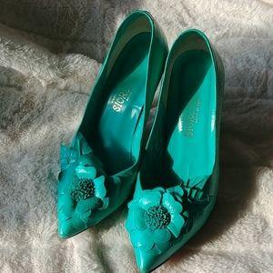 Shoes - Vintage Exclusivas Sioreya heels